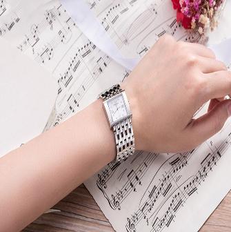 天梭触屏手表怎么样?天梭触屏手表好不好?